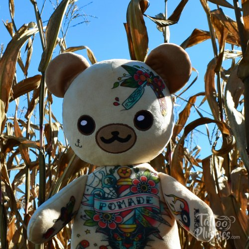 Tattoo Plushie Barbear in corn field