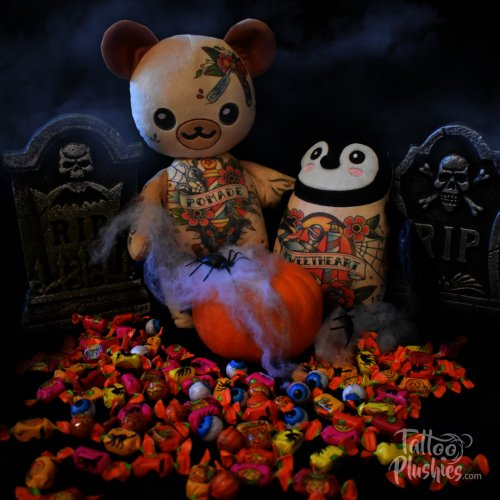Tattoo Plushies Happy Halloween visiting the Candy Cemetery